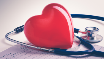 Úmrtnost na nemoci srdce a cév klesla. Pomáhají léky nebo invazivní léčba infarktu, pokulhává ale následná péče